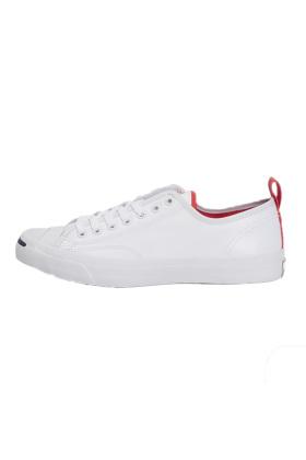 匡威双色帆布鞋搭配图片 匡威双色帆布鞋怎么搭配 匡威双色帆布鞋如何搭配 爱蘑菇街图片