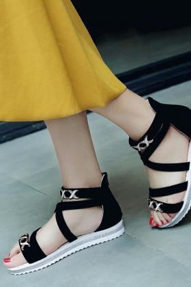坡跟凉鞋女夏13厘米搭配图片 坡跟凉鞋女夏13厘米怎么搭配 坡跟凉鞋女夏13厘米如何搭配 爱蘑菇街
