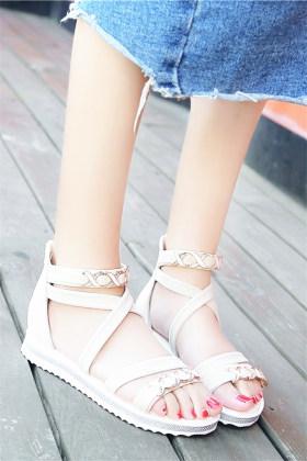中学生鞋女夏韩版搭配图片 中学生鞋女夏韩版怎么搭配 中学生鞋女夏韩版如何搭配 爱蘑菇街