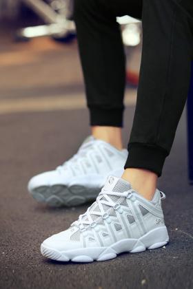 情侣鞋气垫鞋潮流搭配图片 情侣鞋气垫鞋潮流怎么搭配 情侣鞋气垫鞋
