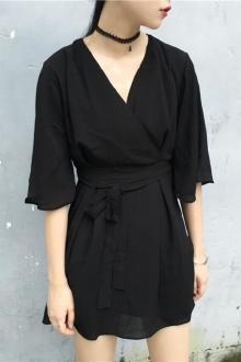 装新品休闲复古绑带收腰V领短袖雪纺连衣裙子$110.4-bluegirl连衣裙