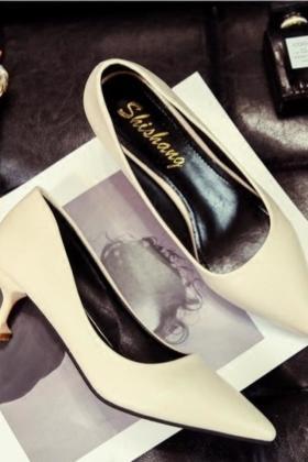 女新款中跟尖头高跟鞋女黑色性感细跟5cm浅口女单鞋潮$69.5-单鞋