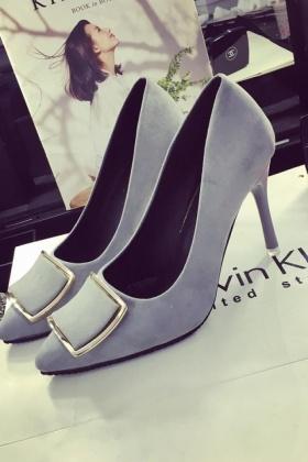 50cm高跟鞋搭配图片 50cm高跟鞋怎么搭配 50cm高跟鞋如何搭配 爱蘑
