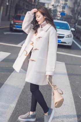 冬季韩版羊角扣软妹大衣女冬装中长款学生韩国可爱日系外套学院风$