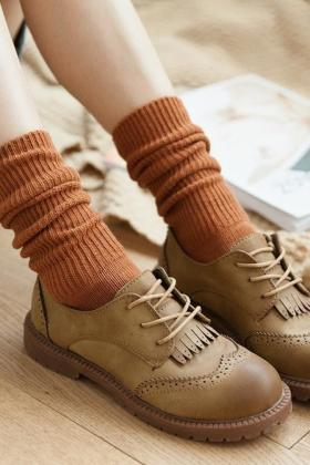 橘色堆堆袜搭配图片_橘色堆堆袜怎么搭配_橘