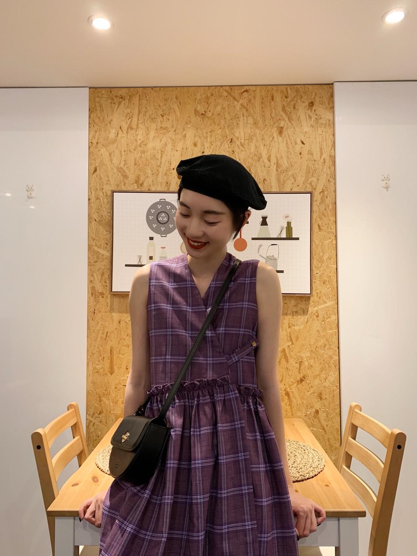 """同样是紫色单品,这个颜色真的很好看上镜,一开始我还担心会不会挑人,上身了才知道怎么这么显白!#小性感""""泫雅风""""才够夏日#"""