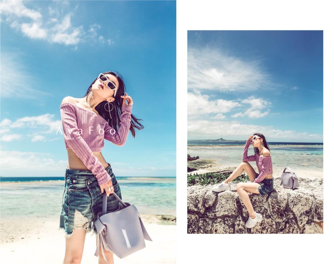 "#Ava搭配日记#🌊海边""浪""完,A姐又去海洋馆""浪""了一把。👣沙滩造型拗完马不停蹄来到海底,童话公主的""安静美少女""人设一秒切换,你们有get到A姐的内心戏吗?!🤫上衣:CRANK 热裤:ZARA 鞋:RogerVivier墨镜:Versace范思哲包包:Acne Studios 摄影:摄影人春海博主微博/微信公众号/抖音/小红书/Instagram:AvaFoo,Youtube:Ava Foo, b站:IamAvaFoo"