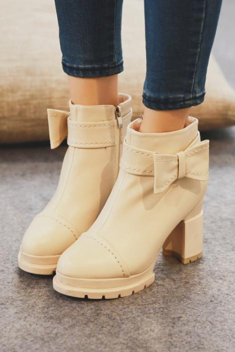 短靴,圆头鞋,防水台,粗跟鞋,高跟短靴