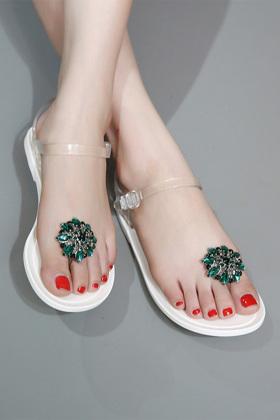 新款水钻花朵果冻凉鞋女 平底平跟夹趾沙滩女鞋$39.9-大花凉鞋搭配