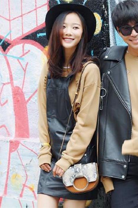 休闲迷你小包,街头小清新,蛇皮纹女士包,明星同款包包,韩版单肩包