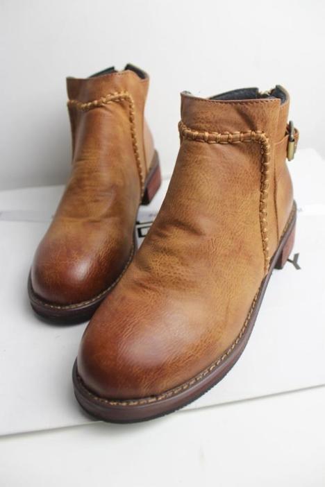 擦色平跟编织短靴女靴子