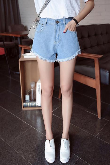 衣服 裤子 短裤 女装 服饰鞋包 魔法橱窗 蘑菇街优店