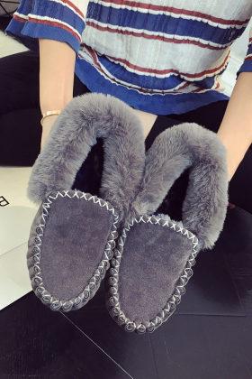 明星同款秋冬季韩版女鞋小黑鞋加绒棉鞋雪地靴子翻毛一脚蹬豆豆鞋$