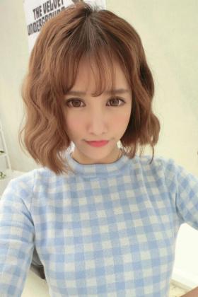 泡面头发型图片短发_2018最流行短发烫图片