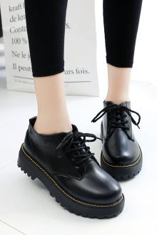 今年流行的鞋子款式