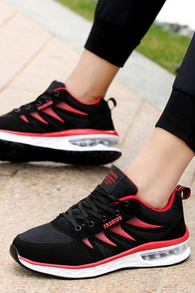 耐克气垫鞋男夏搭配图片 耐克气垫鞋男夏怎么搭配 耐克气垫鞋男夏如何搭配 爱蘑菇街