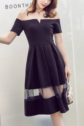 一字领黑色连衣裙搭配图片 一字领黑色连衣裙怎么搭配 一字领黑色连衣裙如何搭配 爱蘑菇街