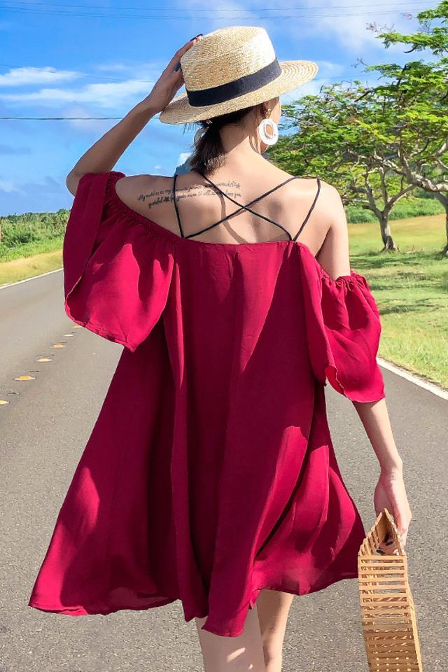 2019夏季女装新款小清新裙子宽松大码胖MM显瘦百搭红色吊带雪纺连衣裙仙女裙海边度假沙滩裙