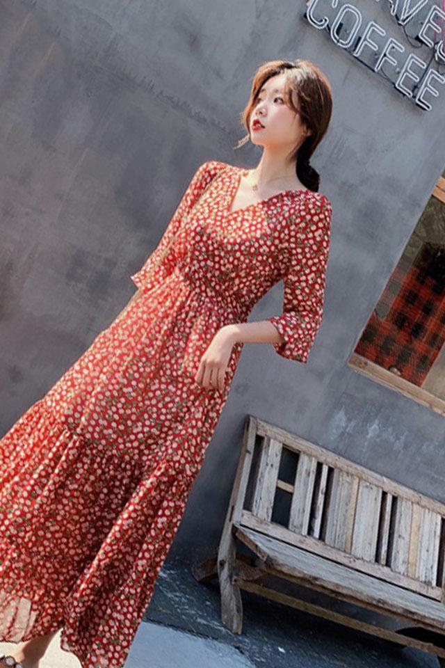 碎花连衣裙女2019夏季流行新款超仙V领收腰显瘦甜美雪纺长裙