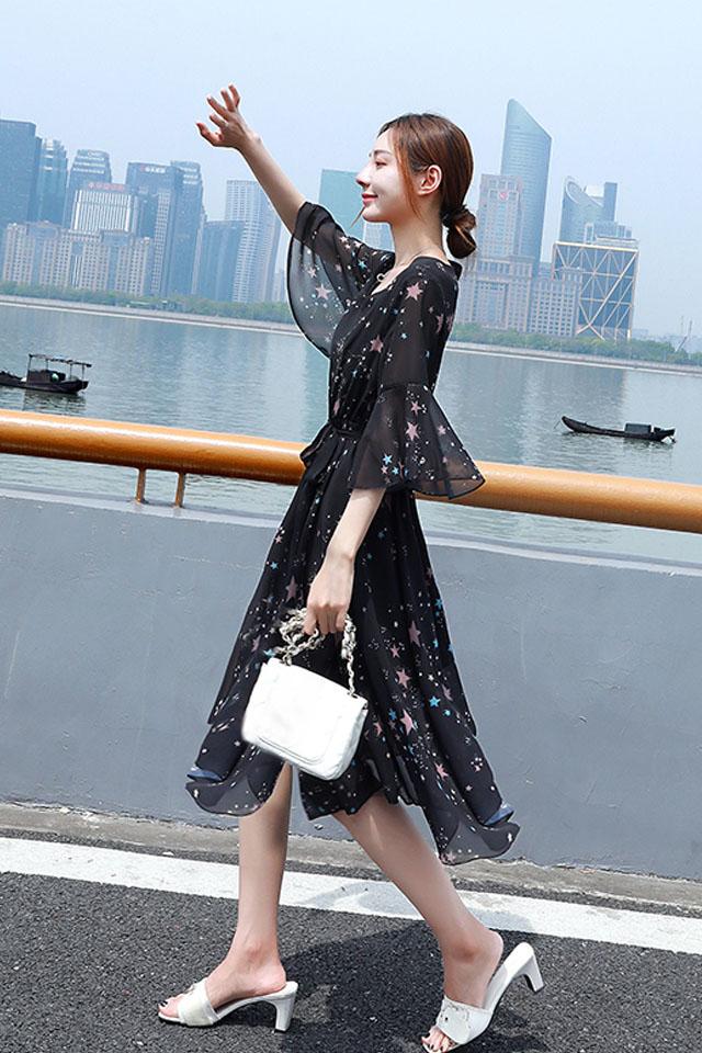 雪纺连衣裙女2019夏季流行女装气质中长款黑色碎花裙a字裙子