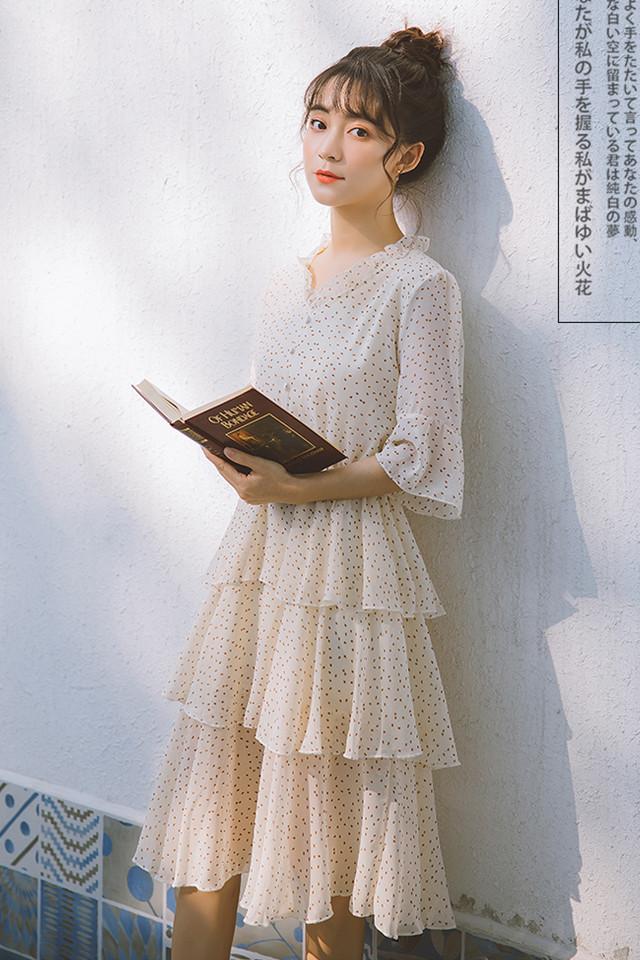 2019夏季新款小个子高腰喇叭袖荷叶边蛋糕裙甜美波点连衣裙女