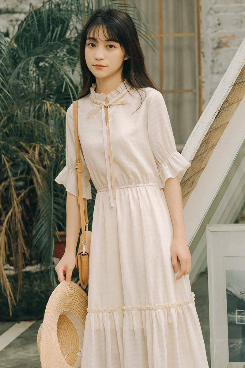 文艺复古法式仙女裙夏季2019新款时尚百搭过膝中长款连衣裙女